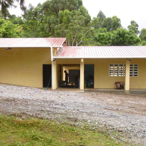 Construcción de la escuela de Cafe Eleta 13